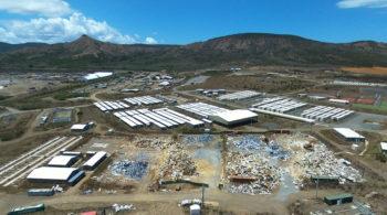 Déconstruction de la base vie d'un opérateur minier en Nouvelle Calédonie