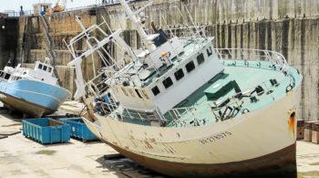 Déconstruction d'un navire de pêche, le Glenn